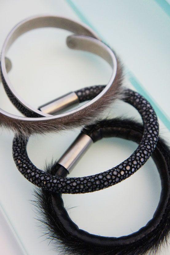 rokkeskind armbånd, stingray braclet, salmon skin bracelet, codfish skin bracelet, smykker lavet af fiskeskind