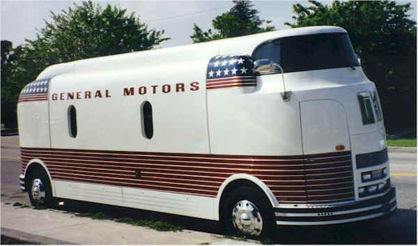 The Gm Futurliners Were A Group Of Stylized Buses Designed
