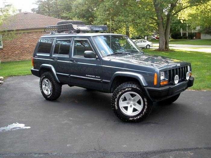 Jeep Cherokee Sport 2011