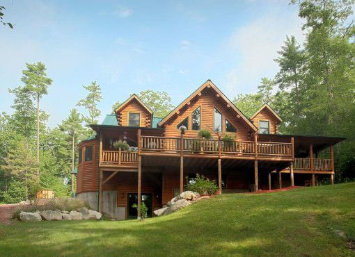 The famous Extreme Makeover Home Edition cedar log home by Katahdin Cedar Log Homes. This home is 3 levels and has 3 bedrooms and 3.5 bathrooms. The home i