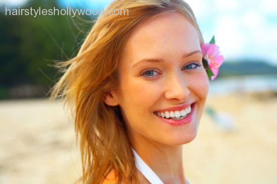 Makeup tips for summer heat - http://hairstyleshollywood.com/makeup-tips-for-summer-heat.html