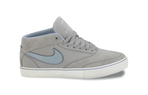 "Nike SB Omar Salazar ""Medium Grey/Sail-Work Blue"""
