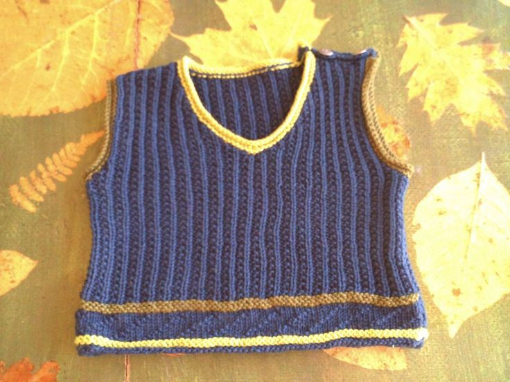 ROBERTO, knitting kit for baby woollen vest from domoras