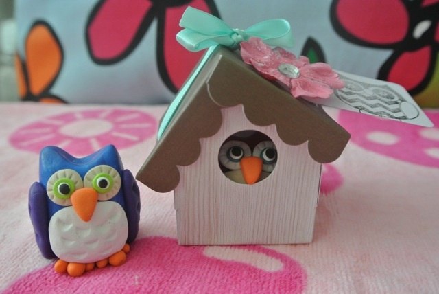 Each PikuHibu Clay Owl purchase will receive a cute owl house as shown. Makes a great gift.