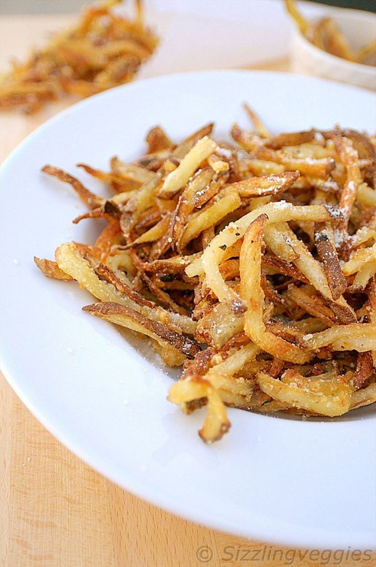 Healthy Oven Baked Garlic Parmesan Fries that's full of flavors. Simple and Easy to make, perfect all time snack