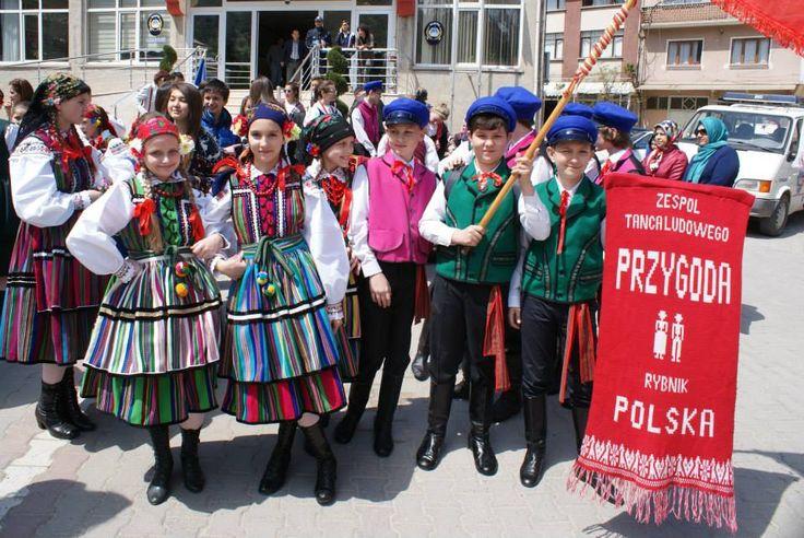 """Folk clothing from Opoczno, Poland. Image via Zespół Tańca Ludowego """"Przygoda""""."""