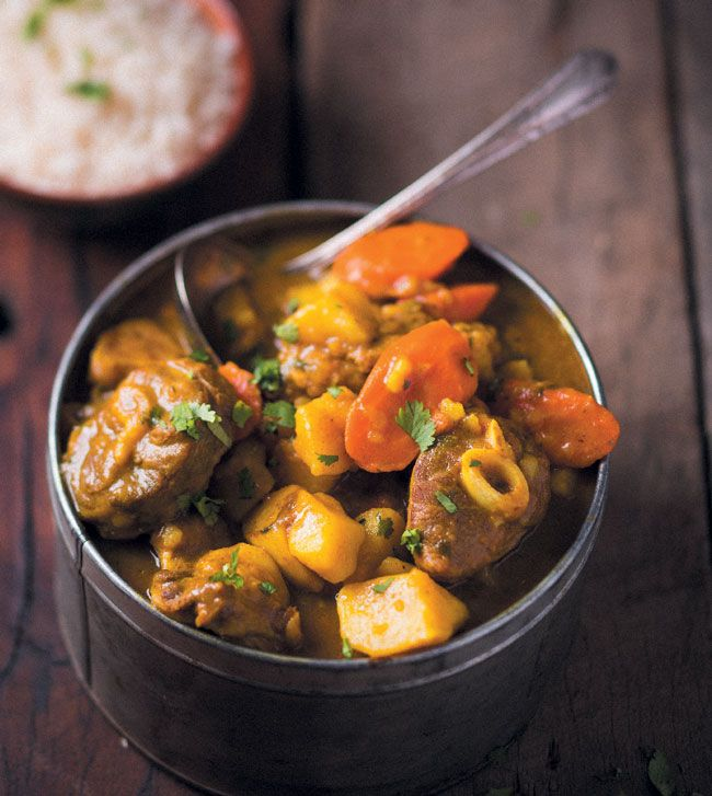 A delicious traditional South African curry, this lamb curry is rib-sticking and will warm you up all the way to your toes.