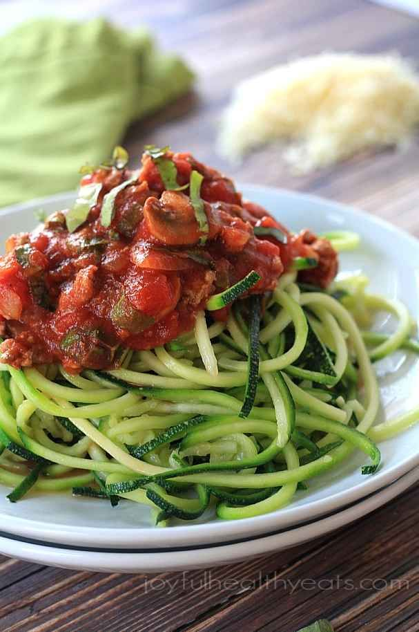 Gluten-Free Zucchini Noodles with Meat, Mushroom, and Tomato Sauce | 25 Delicious Dinners You Can Make With Ground Beef Or Turkey