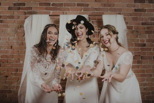 Wedding day FUN DAY ! Happy brides with dresses from Dream it Yourself Montreal
