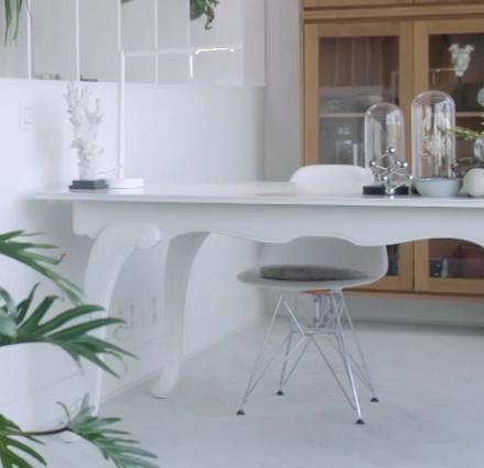 Opzoek naar een design stoel voor je bureau? Deze witte stoel van HK Living is ideaal!