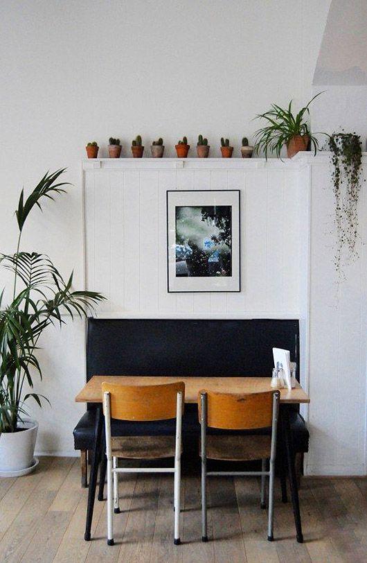 wear this there: café kamiel.