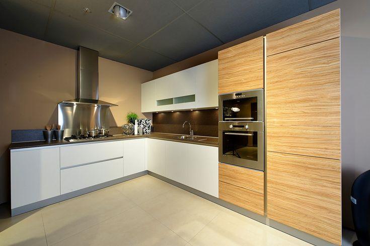 Afbeeldingsresultaat voor keuken greeploos met aan een kant bovenkastjes