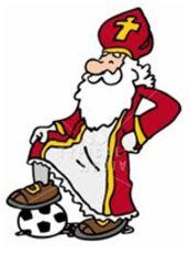 Eigenlijk kan dit spel in alle tijden van het jaar en met alle liedjes. Toch speel ik het spel eigenlijk alleen rond de Sinterklaastijd. Dit omdat er veel Sinterklaasliedjes zijn en ze zo algemeen bekend zijn, dat ieder kind ze gemakkelijk meezingt.