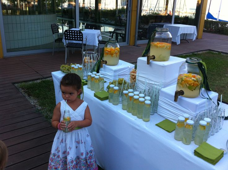 Lemonade bar for welcoming the wedding guests (with pogácsa, the Hungarian salty snack) :) http://www.hungarianweddings.com