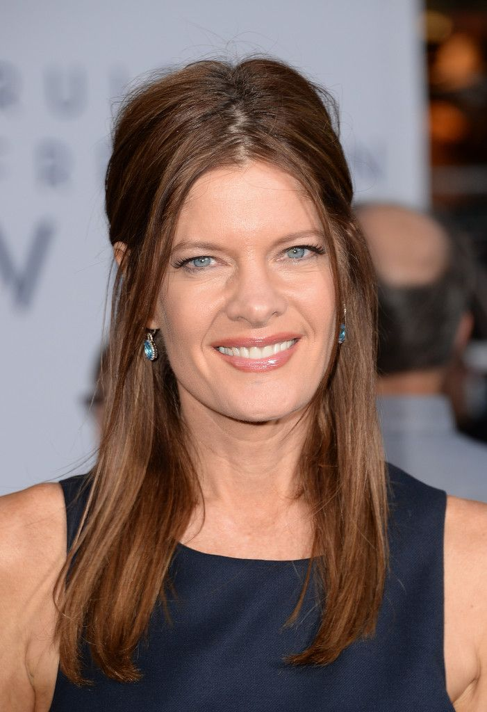 Michelle Stafford Nude Photos 22