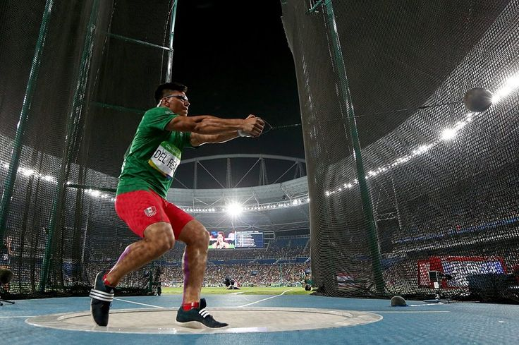 RIO DE JANEIRO, BRAZIL - AUGUST 19: Diego del Real of Mexico competes in the Men's Hammer Throw Final on Day 14 of the Rio 2016 Olympic Games at the Olympic Stadium on August 19, 2016 in Rio de Janeiro, Brazil. (Photo by Cameron Spencer/Getty Images) — in Rio de Janeiro, Brazil.