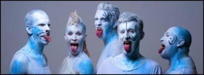 Gátmetszett valóság - Utópisztikus turnén mutatja be új lemezét az Anna and the Barbies