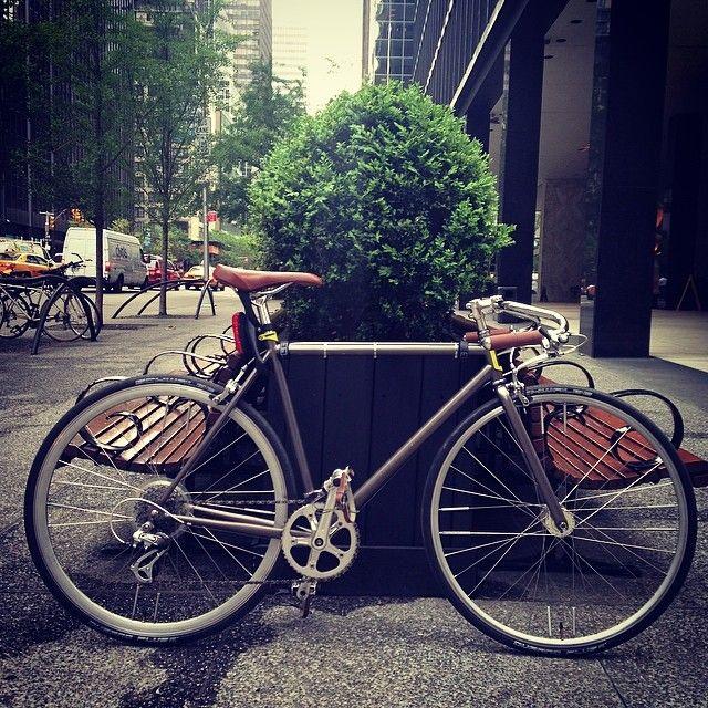 """Nice day to #roll8 to work #globebikes #globebicycle #bikeporn #nyc"""
