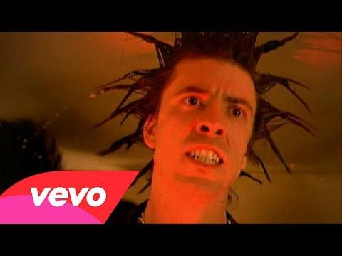 Foo Fighters - Everlong - YouTube  So many memories attached to this song. And a proper classic.