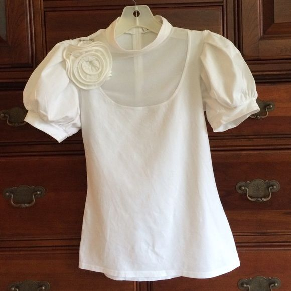 Selling this Anne Fontaine white Nolia blouse sz 38 in my Poshmark closet! My username is: dyfcan. #shopmycloset #poshmark #fashion #shopping #style #forsale #Anne Fontaine #Tops