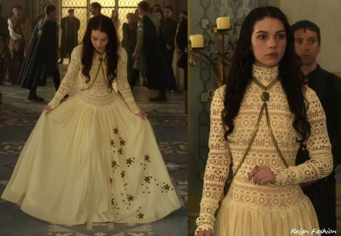 In the end of the fourth episode Mary wears this gorgeous white/cream crochet bodice vintage dress. Reign's costume department added these appliqués to the skirt. However the dress isn't available,...