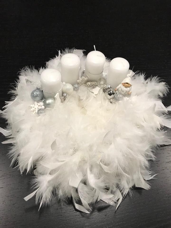 Fehér tollas ezüst   / advent  karácsony   koszorú  gyertya   egyedi  saját  készítésű   ünnep  angyal  hópehely /