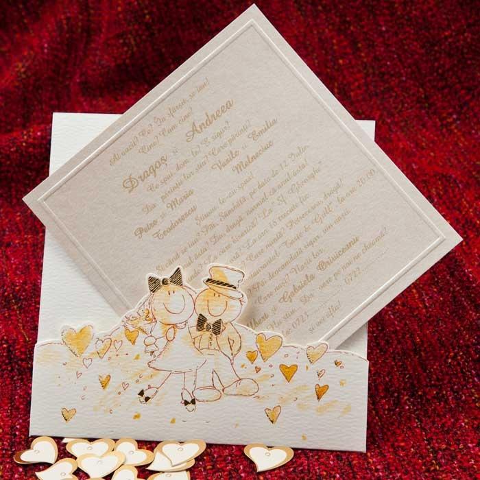 Invitatie de nunta confectionata dintr-un carton auriu sidefat pentru text care se introduce intr-o teaca pe care sunt creionati doi miri.     http://www.invitatii-nunta-mea.ro/invitatii-nunta-haioase-1036-p-152.html