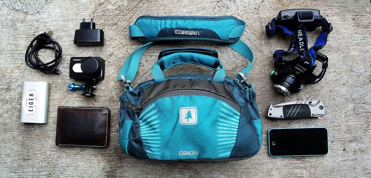 Sekarang gak perlu lagi ribet nenteng gadget kesayangan lo pas lagi traveling, pake aja tas Consina Orion. Tapi bagus gak sih? cek reviewnya di sini.    #consina #tasconsina #review #product #productreview #specialproduct #article #travelling #traveling #bag #slingbag #travelbag #indonesia #localbrand #consinaindonesia