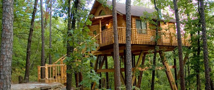 These are upscale tree house accomodations and most cannot accomodate children.These have Heat/AC, kitchens, gas grills, and irons & ironing boards.  The Original Treehouse Cottages  165 W. Van Buren  Eureka Springs, AR 72632