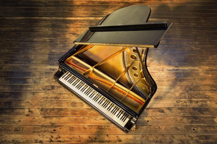 Klavier, Flügel, Branding für der Klavierkurs - Torben Eggerstorf