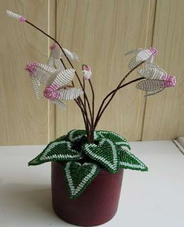 бисерные цветы, цветы из бисера, бисер цветы, плетение бисером цветов
