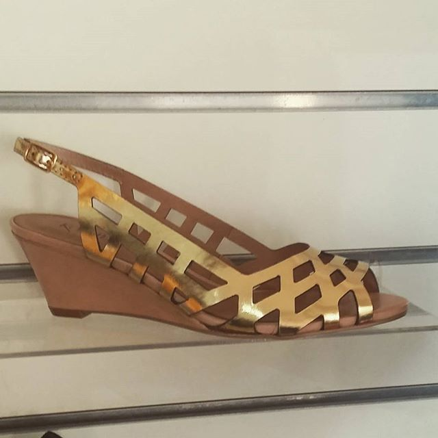 Shoes on Scarborough @shoesonscarborough Instagram photos | Websta