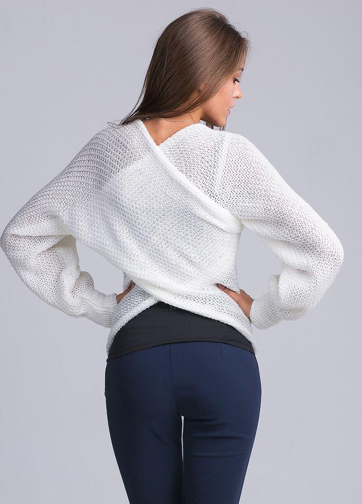 """Оригинальный и многофункциональный вязаный свитер-шарф """"Sciarpone"""" Продев руки в…"""