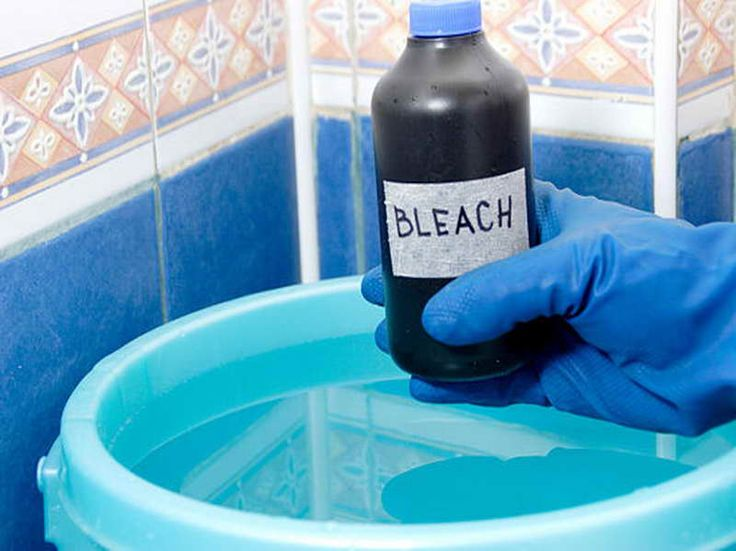 Tips on Removing Mold in Bathroom with bleach