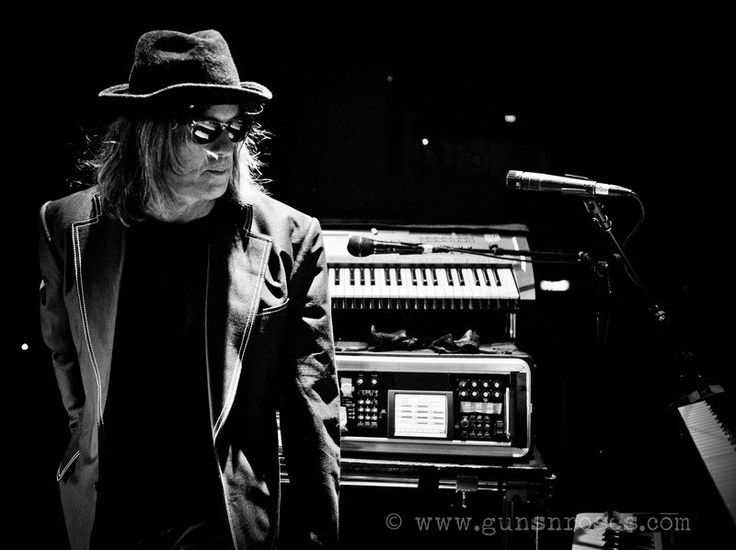 Guns N' Roses - Chris Pitman
