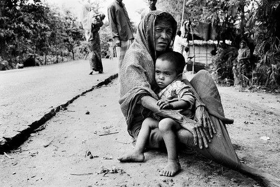 Всемирно известный фотограф проводит выставку в Стамбуле отображающую страдания мусульман Рохингья (Часть 3)