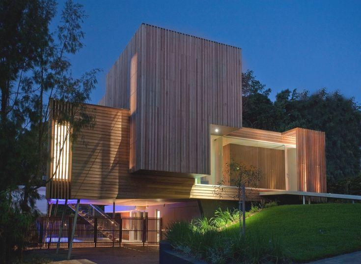 Maison Contemporaine En Bois Sur Pilotis  Architecture