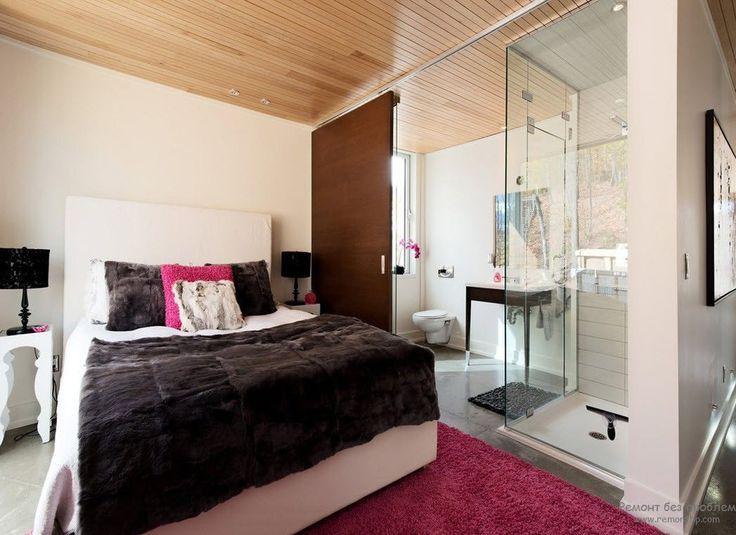 Стеклянная перегородка между ванной и спальней