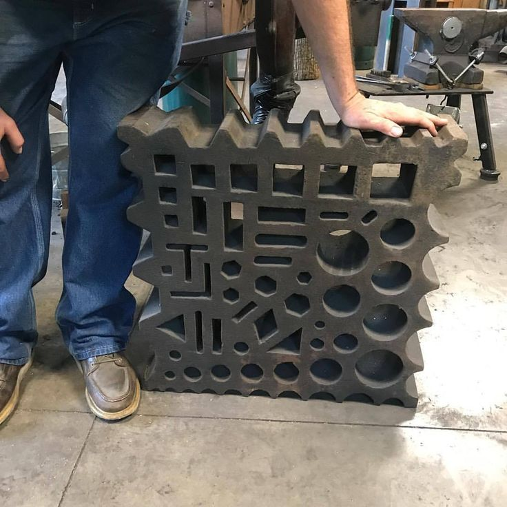 "jessesavageblacksmith: ""Got to see the new swage block going to a good home with @handforgedinvt at @centerformetalarts yesterday . It's got to be 400lbs… @dkforgeworks for scale. #davekforscale #blacksmith #swageblock #goodhome #patsaluckyman (at..."