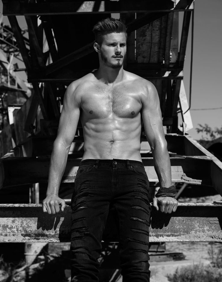 Going casual in Paige Denim, Bottega Veneta, Hermes, Salvatore Ferragamo, Calvin Klein Underwear and more, Vikings actor Alexander Ludwig appears in a new Flaunt photo shoot. Posing for black & white images outdoors that boast a country charm, Ludwig is photographed by Justin Campbell and styled by Monty Jackson. View all the fashion credits on... [Read More]