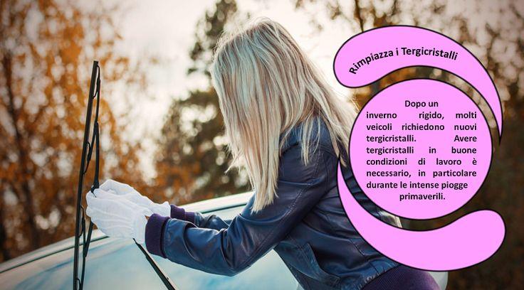 Tergicristalli L'inverno è ben noto per il ghiaccio ed il freddo, ed entrambi possono danneggiare gravemente il tergicristalli. L'accumulo di ghiaccio può causare un'usura significativa ed  il freddo può causare delle crepe. Entrambi questi problemi possono rendere   inutili sotto la pioggia le  spazzole del tergicristallo. Ispeziona i tergicristalli e sostituscili  se necessario. #pneumaticiinvernali