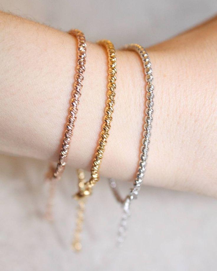 #bracciali #superbrillanti   Completamente in argento 925 bagnato oro e oro rosa Spedisco in tutta Italia  e il resto del mondo  info whatsapp 3480983737 #armparty #braceletoftheday #bracelet #jewelrygram #jewelry #pubblicita' #blogger #fashionlovers #fashionblogger #webinfluencer #gioielli #gioiello #jewels #accessori #instafashion #fashion #moda #personalizzato #madewithlove #handmade #bijoux #like4like #follow #enjoy #instabracelet #love #vicenza #italianstyle