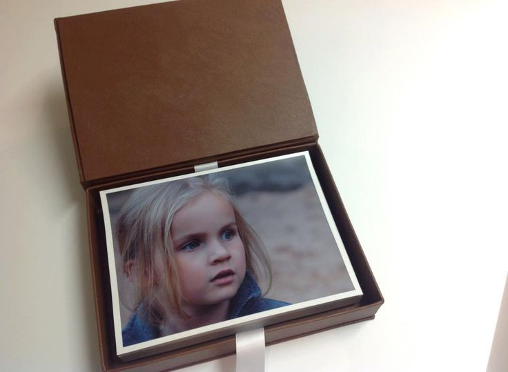 Portrait Box fits 5x7' prints/ Book-Style Photo box / Custom designed photo packaging by MrsBowsAccessories on Etsy