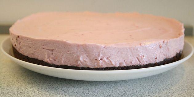 Brownie med hindbærmousse