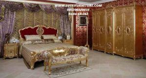 Set Kamar Tidur Klasik Mewah Gold