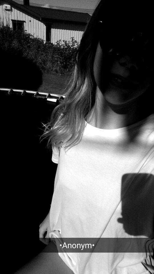 •Anonym•