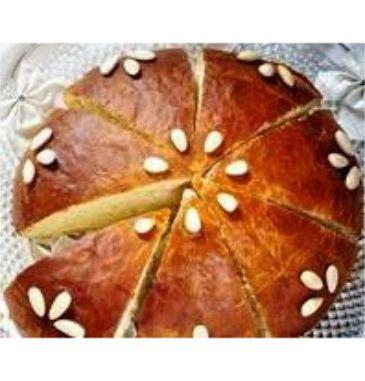 Politiki Vasilopita - New Year's Brioche with amazing vanilla flavour straight from the oven!  #artisan #greek #cake #brioche #vasilopita #christmas #agoramoments http://agoragreekdelicacies.co.uk/shop/4570272296/new-year's-brioche---politiki-vasilopita-with-vanilla-flavour-1.2kg-plus/10380702