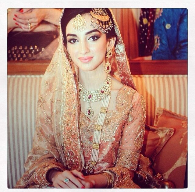Gorgeous Pakistani Bride, Mariam Tareen. Wearing Studio S and Diamond Polki and Rani Haar.