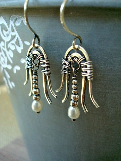 Silver & pearl wire wrapped egyptian art deco earrings vintage style 20s 30s bellflower earrings bridal wedding occasion jewelry - Halloween Costume / Cosplay Piece