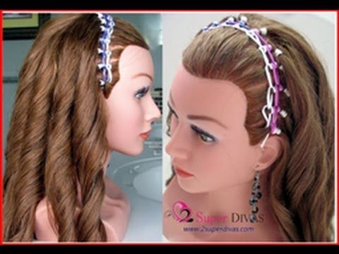 VIDEO Paso a paso - Hermosisimo peinado con ligas y crespos hechas con plancha creado por 2SuperDivas. VIDEO tutorial- headband with elastics and curls made with flat iron created by 2SuperDivas www.2superdivas.com
